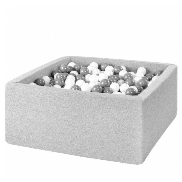Misioo boldbassin - Lysegrå - Firkantet 90x90x40 inkl. 200 bolde